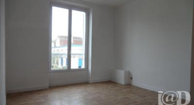 Appartement Montgeron &bull; <span class='offer-area-number'>20</span> m² environ &bull; <span class='offer-rooms-number'>2</span> pièces