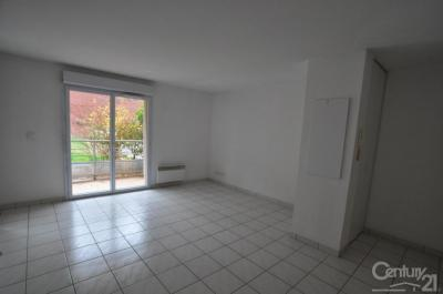 Appartement Onet le Chateau &bull; <span class='offer-area-number'>45</span> m² environ &bull; <span class='offer-rooms-number'>2</span> pièces