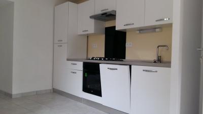 Appartement Sayat &bull; <span class='offer-area-number'>68</span> m² environ &bull; <span class='offer-rooms-number'>3</span> pièces