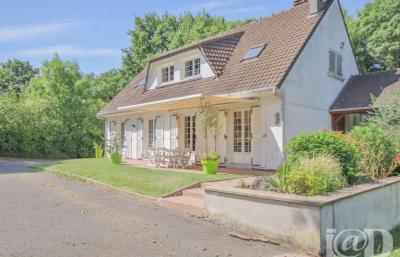 Maison Montlhery &bull; <span class='offer-area-number'>175</span> m² environ &bull; <span class='offer-rooms-number'>6</span> pièces