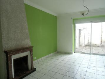 Maison Nueil les Aubiers &bull; <span class='offer-area-number'>99</span> m² environ &bull; <span class='offer-rooms-number'>6</span> pièces