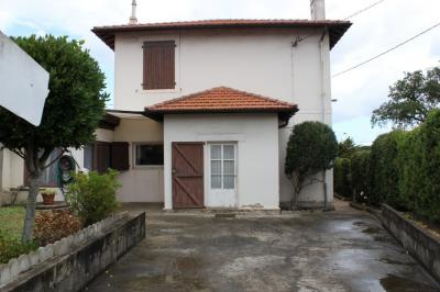 Maison Anglet &bull; <span class='offer-area-number'>140</span> m² environ &bull; <span class='offer-rooms-number'>5</span> pièces