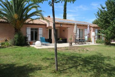 Villa La Crau &bull; <span class='offer-area-number'>160</span> m² environ &bull; <span class='offer-rooms-number'>6</span> pièces