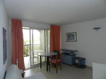 Appartement Gassin &bull; <span class='offer-area-number'>27</span> m² environ &bull; <span class='offer-rooms-number'>2</span> pièces