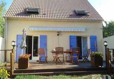 Maison Villiers sur Orge &bull; <span class='offer-area-number'>105</span> m² environ &bull; <span class='offer-rooms-number'>4</span> pièces