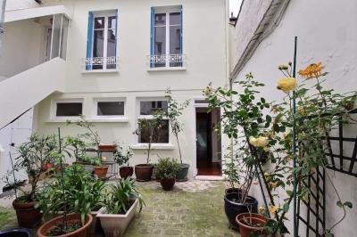 Maison Vincennes &bull; <span class='offer-area-number'>133</span> m² environ &bull; <span class='offer-rooms-number'>5</span> pièces