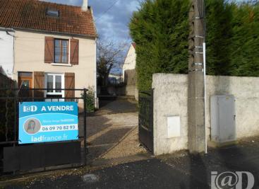 Maison Lizy sur Ourcq &bull; <span class='offer-area-number'>80</span> m² environ &bull; <span class='offer-rooms-number'>4</span> pièces