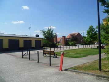 Parking Aire sur la Lys &bull; <span class='offer-area-number'>12</span> m² environ
