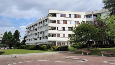Appartement Chelles &bull; <span class='offer-area-number'>62</span> m² environ &bull; <span class='offer-rooms-number'>3</span> pièces