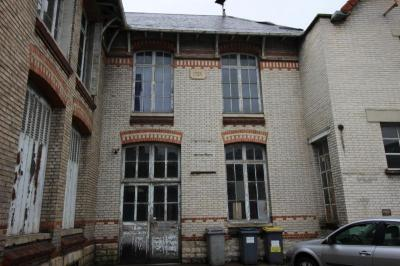 Loft Troyes &bull; <span class='offer-area-number'>300</span> m² environ &bull; <span class='offer-rooms-number'>6</span> pièces
