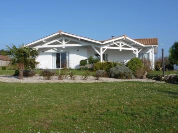 Maison Levignac de Guyenne &bull; <span class='offer-area-number'>140</span> m² environ &bull; <span class='offer-rooms-number'>6</span> pièces