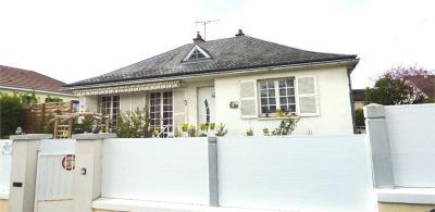 Maison St Florent sur Cher &bull; <span class='offer-area-number'>104</span> m² environ &bull; <span class='offer-rooms-number'>4</span> pièces
