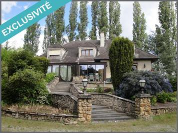 Maison Vic sur Aisne &bull; <span class='offer-area-number'>230</span> m² environ &bull; <span class='offer-rooms-number'>12</span> pièces