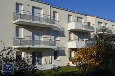Appartement Lucon &bull; <span class='offer-area-number'>54</span> m² environ &bull; <span class='offer-rooms-number'>3</span> pièces
