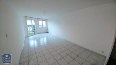 Appartement St Esteve &bull; <span class='offer-area-number'>52</span> m² environ &bull; <span class='offer-rooms-number'>2</span> pièces
