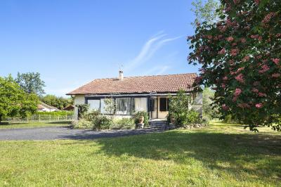 Maison Port de Lanne &bull; <span class='offer-area-number'>93</span> m² environ &bull; <span class='offer-rooms-number'>4</span> pièces