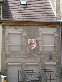Maison Couches &bull; <span class='offer-area-number'>218</span> m² environ &bull; <span class='offer-rooms-number'>11</span> pièces