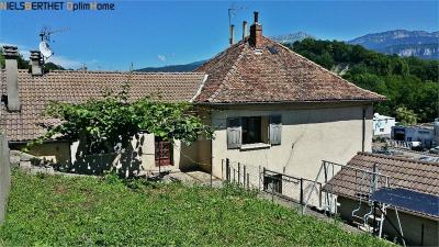 Maison St Jean de Moirans &bull; <span class='offer-area-number'>180</span> m² environ &bull; <span class='offer-rooms-number'>7</span> pièces