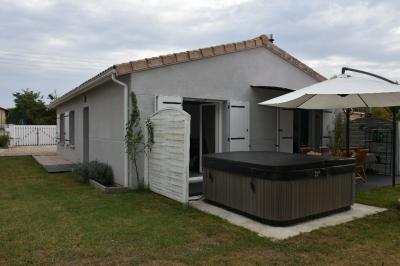 Maison Langon &bull; <span class='offer-area-number'>80</span> m² environ &bull; <span class='offer-rooms-number'>4</span> pièces