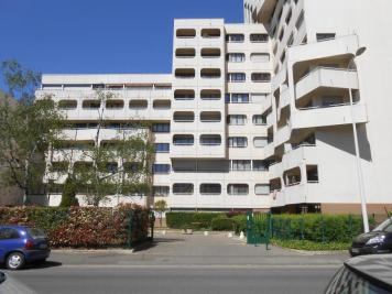 Appartement Lyon 09 &bull; <span class='offer-area-number'>64</span> m² environ &bull; <span class='offer-rooms-number'>3</span> pièces