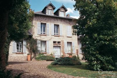 Maison Marolles en Brie &bull; <span class='offer-area-number'>279</span> m² environ &bull; <span class='offer-rooms-number'>10</span> pièces