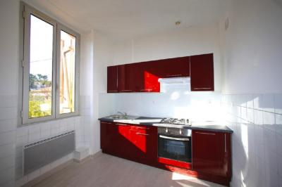 Appartement Carry le Rouet &bull; <span class='offer-area-number'>60</span> m² environ &bull; <span class='offer-rooms-number'>3</span> pièces