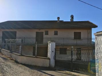Maison La Table &bull; <span class='offer-area-number'>155</span> m² environ &bull; <span class='offer-rooms-number'>6</span> pièces