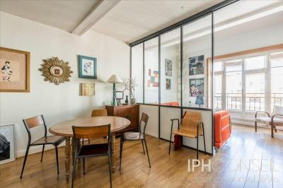 Appartement Neuilly sur Seine &bull; <span class='offer-area-number'>100</span> m² environ &bull; <span class='offer-rooms-number'>4</span> pièces