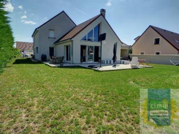 Maison Cessey sur Tille &bull; <span class='offer-area-number'>183</span> m² environ &bull; <span class='offer-rooms-number'>6</span> pièces