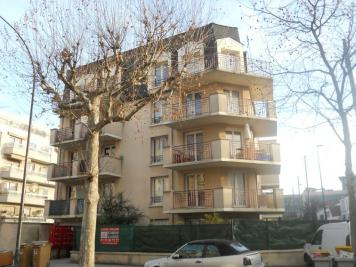 Appartement La Garenne Colombes &bull; <span class='offer-area-number'>21</span> m² environ &bull; <span class='offer-rooms-number'>1</span> pièce