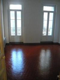 Appartement Marseille 02 &bull; <span class='offer-area-number'>32</span> m² environ &bull; <span class='offer-rooms-number'>1</span> pièce