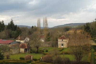 Maison Vitteaux &bull; <span class='offer-area-number'>390</span> m² environ &bull; <span class='offer-rooms-number'>12</span> pièces