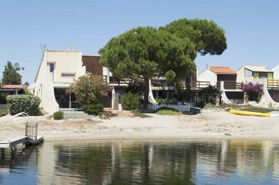 Maison Port Leucate &bull; <span class='offer-area-number'>28</span> m² environ &bull; <span class='offer-rooms-number'>2</span> pièces