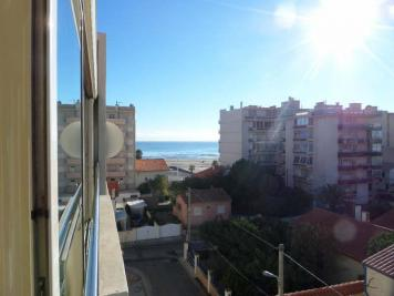 Appartement Canet Plage &bull; <span class='offer-area-number'>38</span> m² environ &bull; <span class='offer-rooms-number'>2</span> pièces