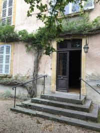 Maison Melay &bull; <span class='offer-area-number'>250</span> m² environ