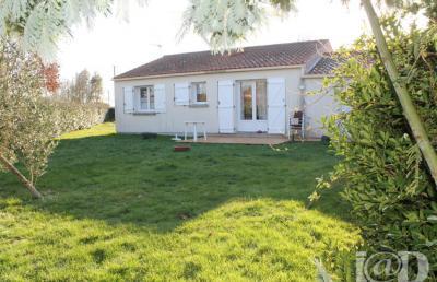 Maison St Maixent sur Vie &bull; <span class='offer-area-number'>68</span> m² environ &bull; <span class='offer-rooms-number'>3</span> pièces