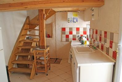 Maison Signes &bull; <span class='offer-area-number'>56</span> m² environ &bull; <span class='offer-rooms-number'>3</span> pièces