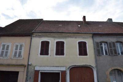 Maison Montmarault &bull; <span class='offer-area-number'>118</span> m² environ &bull; <span class='offer-rooms-number'>7</span> pièces