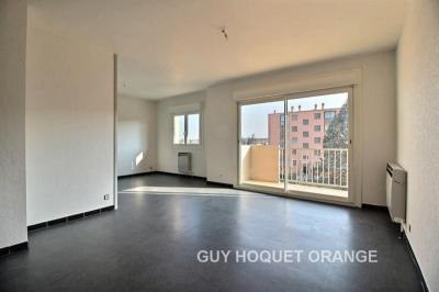 Appartement Orange &bull; <span class='offer-area-number'>67</span> m² environ &bull; <span class='offer-rooms-number'>3</span> pièces