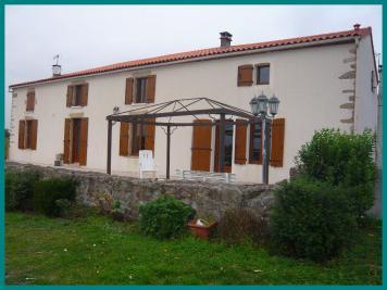 Maison Mortagne sur Sevre &bull; <span class='offer-area-number'>240</span> m² environ &bull; <span class='offer-rooms-number'>6</span> pièces
