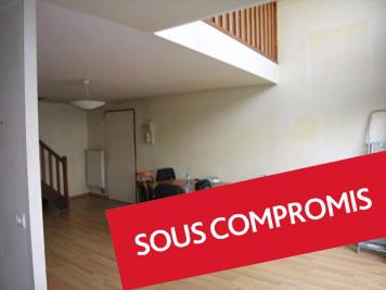 Appartement Plaisir &bull; <span class='offer-area-number'>74</span> m² environ &bull; <span class='offer-rooms-number'>3</span> pièces