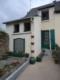 Maison St Nicolas de Redon &bull; <span class='offer-area-number'>46</span> m² environ &bull; <span class='offer-rooms-number'>3</span> pièces