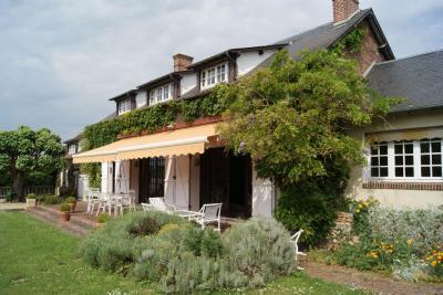 Maison Nonancourt &bull; <span class='offer-area-number'>170</span> m² environ &bull; <span class='offer-rooms-number'>7</span> pièces