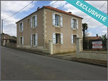 Maison La Bretonniere la Claye &bull; <span class='offer-area-number'>135</span> m² environ &bull; <span class='offer-rooms-number'>7</span> pièces