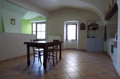 Maison Livron sur Drome &bull; <span class='offer-area-number'>93</span> m² environ &bull; <span class='offer-rooms-number'>4</span> pièces