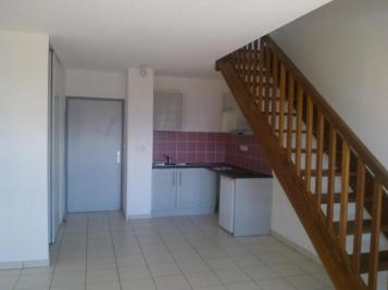Appartement Sainte Clotilde &bull; <span class='offer-area-number'>41</span> m² environ &bull; <span class='offer-rooms-number'>2</span> pièces