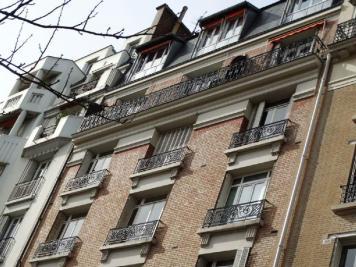 Appartement Paris 16 &bull; <span class='offer-area-number'>49</span> m² environ &bull; <span class='offer-rooms-number'>2</span> pièces