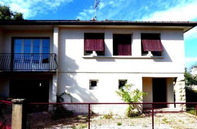 Maison Chalon sur Saone &bull; <span class='offer-area-number'>84</span> m² environ &bull; <span class='offer-rooms-number'>4</span> pièces