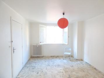 Appartement St Raphael &bull; <span class='offer-area-number'>27</span> m² environ &bull; <span class='offer-rooms-number'>1</span> pièce