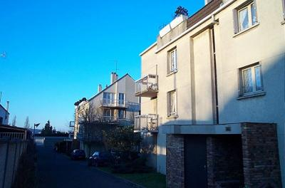 Appartement Noisy le Grand &bull; <span class='offer-area-number'>40</span> m² environ &bull; <span class='offer-rooms-number'>2</span> pièces
